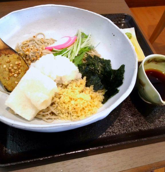 蕎麦打ち名人・永山寛康 監修の蕎麦。確かに美味かったです。