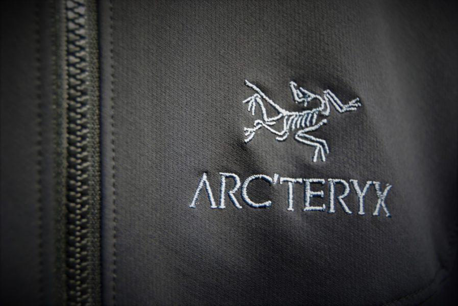 ARC' TERYX_ロゴ
