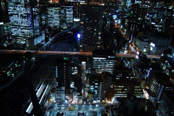 東京モノレール、首都高がミニチュアみたいです。