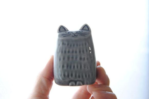 グレイの猫には「胡椒」を。