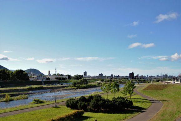 夏の豊平川は最高!夕暮れも綺麗です。