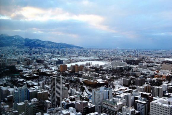 手稲方面。北海道大学のキャンパスが見えます。