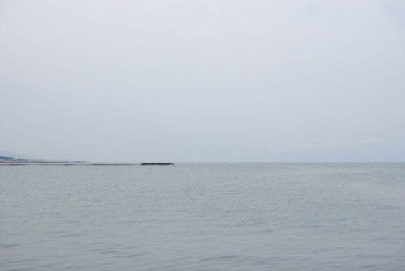 穏やかな日本海。