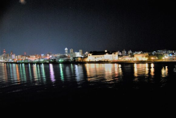 新潟・古町方面の夜景にうっとり。