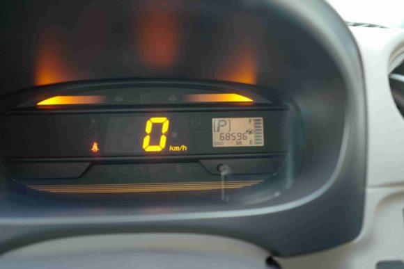 出発前の走行距離数は68596キロ。