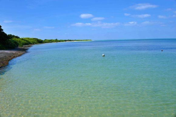 遠くに見えるはコンドイビーチ