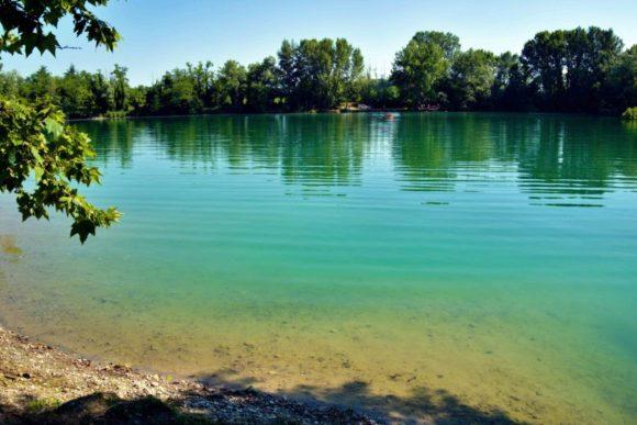穏やかな湖だ。