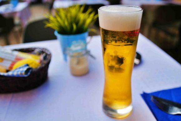 ビールハーフサイズは意外とでかい。