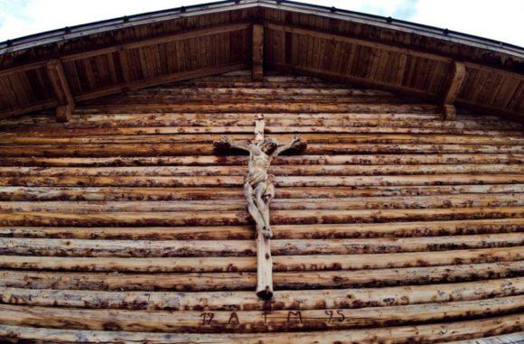 キリストの木彫
