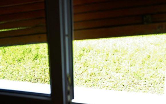 開けづらい窓。