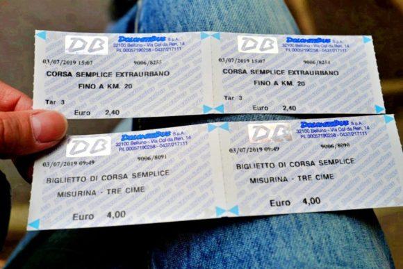 ドロミテバス(コルティナダンペッツォ~トレチーメ)往復ののチケット。購入時はクレジットカード払いも可能。