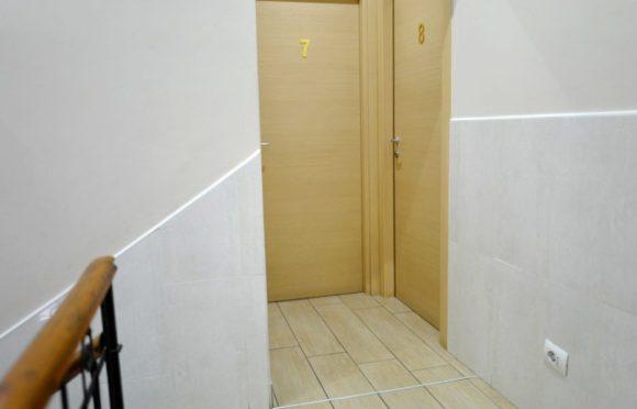 部屋の入り口。