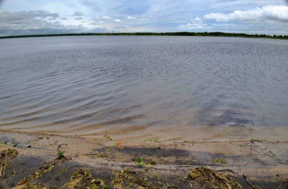 広ーい湖・ウトナイ湖。