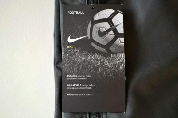 サッカー、バッシュなど31cmの靴まで収納可能。