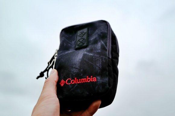 amazon,columbia,アウトドア,カラビナ,コロンビア,ショルダーポーチ,スマホ,ブログ,ポーチ,リュック,リュックの肩紐,付け方,使い方,太い,小物入れ,紐,肩紐,長い,防水 (23)