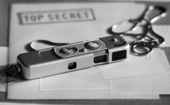 007,2019,amazon,おすすめ,おもちゃ,アクション,イギリス,カメラ,キングスマン,スーツ,スパイグッズ,とは,映画,メガネ,ランキング,一覧,作り方,時計,自作,車,銃,専門店,探偵,グッズ,販売 (9)