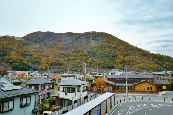 12月の大蔵経寺山。紅葉は終わってる感じ。