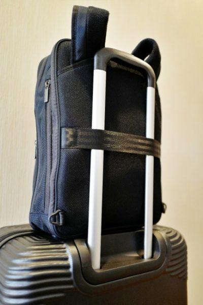 リュックのスーツケースベルトがかなりカッコいいぜ!
