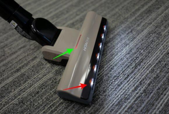緑矢印がモニター。赤矢印がLEDライト