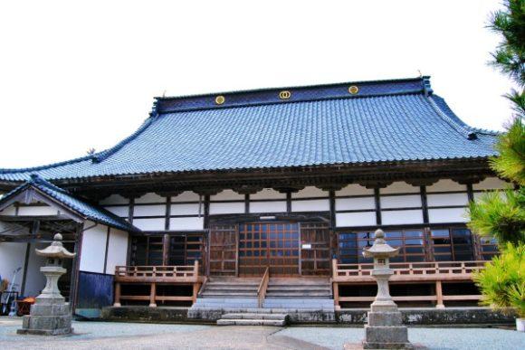 カッコイイお寺です。