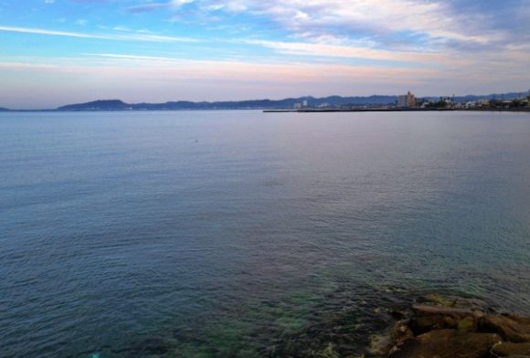 海が透き通りきれいな館山の海。