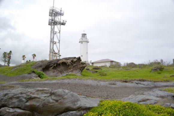 灯台横に灯台より高い展望台作るとは許せん。