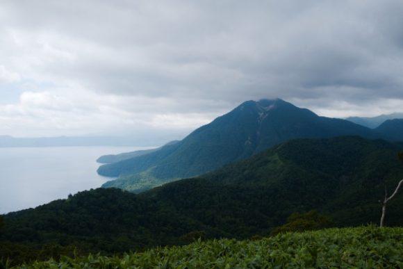 恵庭岳が向かいに。
