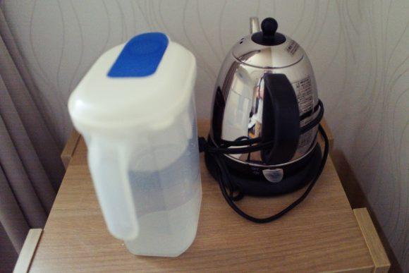 湯沸かし器。