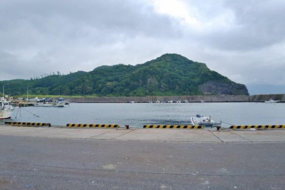 浜益の群別漁港に似ている。