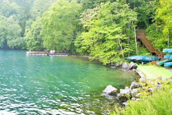 透明度が高い然別湖