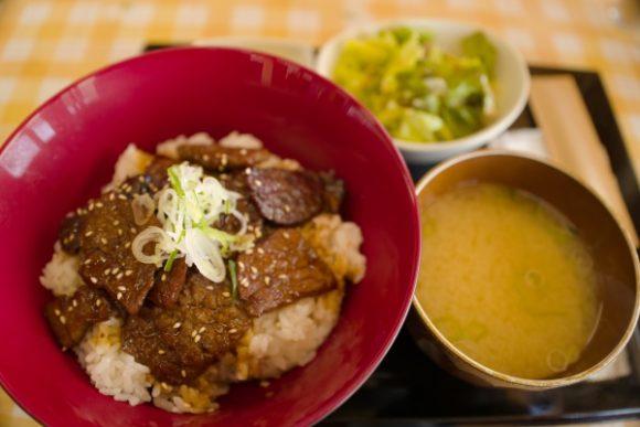 牛丼!味は普通(^^;