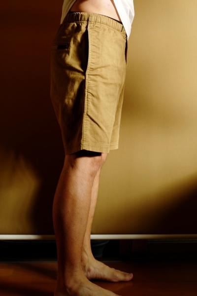ウェストの位置確認。膝頭の位置はアドポーションと変わらない。