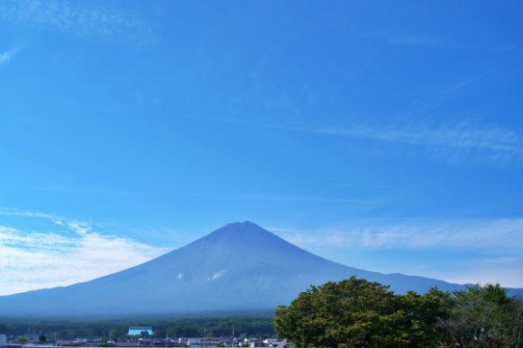 8:30撮影の富士山。いい天気です。