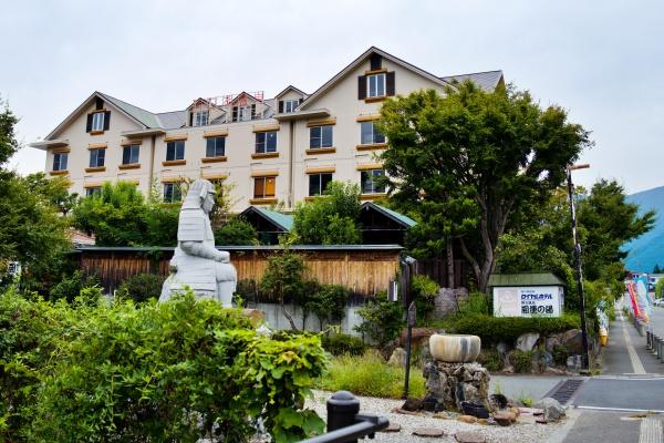 瀟洒なロイヤルホテル河口湖。