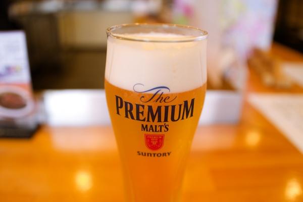 登山後のビールがうまい。プハ~!