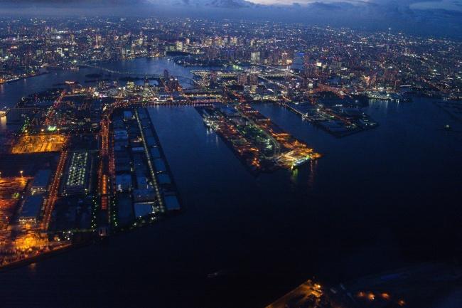 東京タワー、レインボーブリッジ、スカイマークと東京の観光スポットを一望!絞り値 f/3.5 露出時間1/60秒 ISO速度-12500