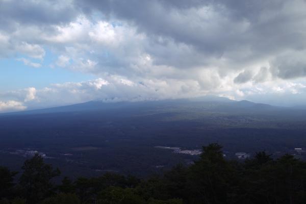 あいにく富士山は隠れてる・・・