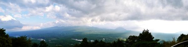 長い富士山の稜線