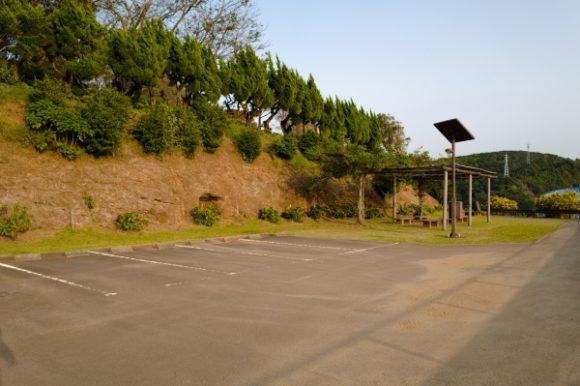 広い駐車場。