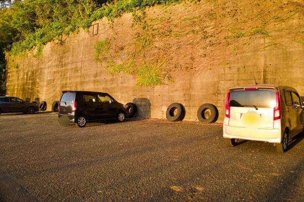 無料駐車場の様子。計16台ほど停められる。