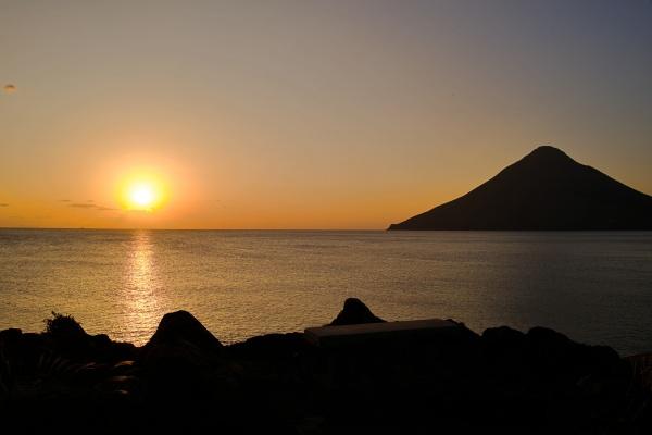 日没まであと少し!開聞岳が絵になる。