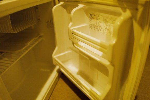 冷蔵庫の電源をONにして使おう。