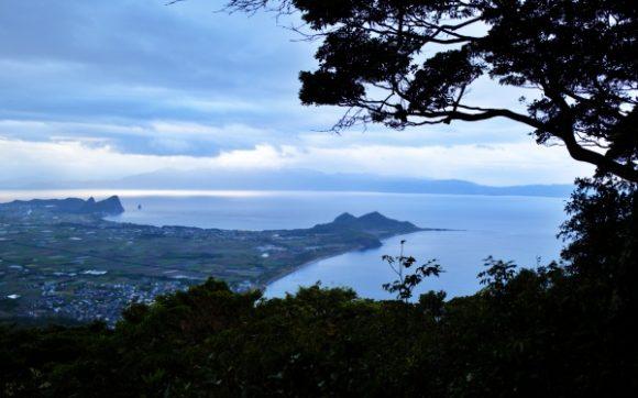 昨日行った薩摩長崎鼻灯台もはっきり見えます