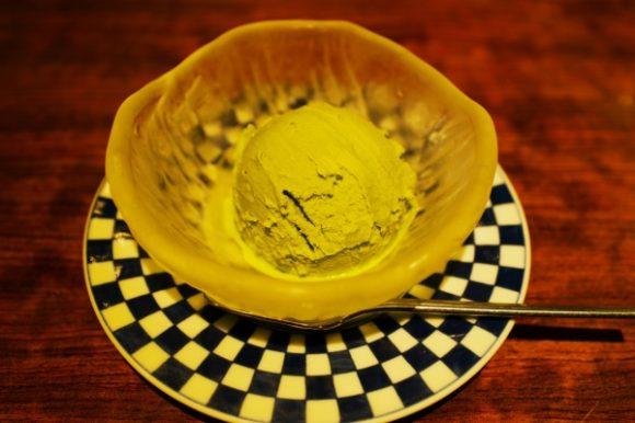 柔らかく冷えていてナイスなアイス。