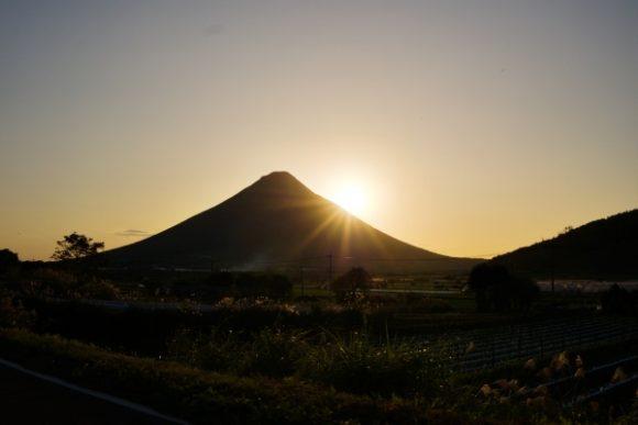 どっかの畑から撮影したダイヤモンド薩摩富士もどき。