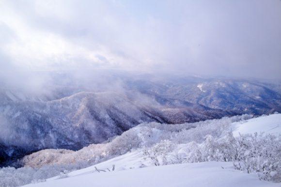 真冬の札幌岳。