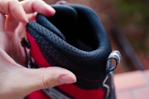 足首周りの柔軟性が素晴らしい。