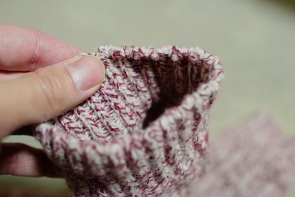 防臭機能のあるウール糸使用。
