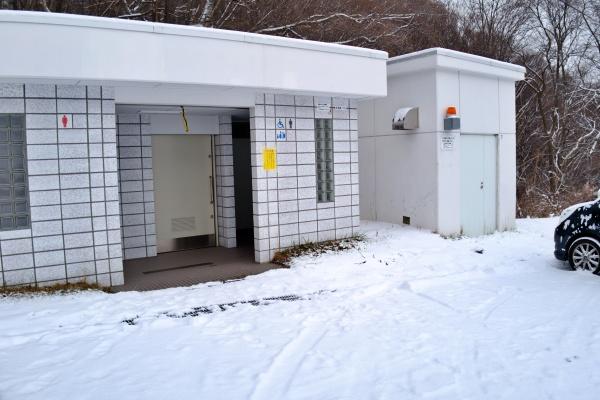 藻岩山駐車場のトイレ