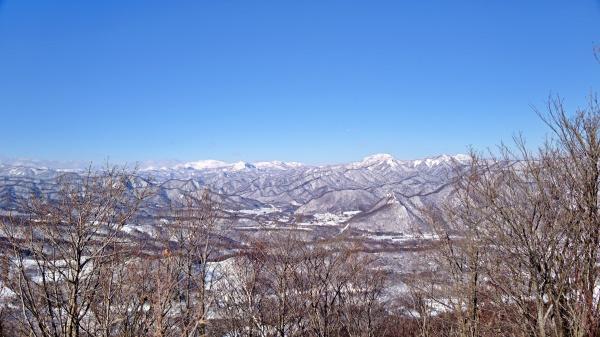 神威岳、余市岳方面。美しやぁ~